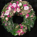 Friedhof Stadtbergen Trauerkranz Blumen Flaschka
